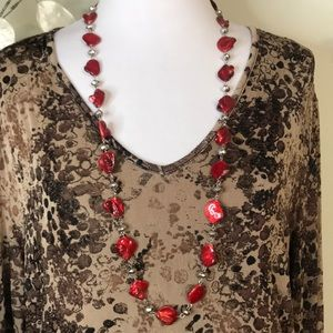 RED MOTHER OF PEARL NECKLACE